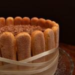 Buon compleanno Re_cake con una tiramisù cake  !