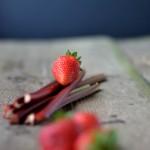 Gallette alle fragole e rabarbaro