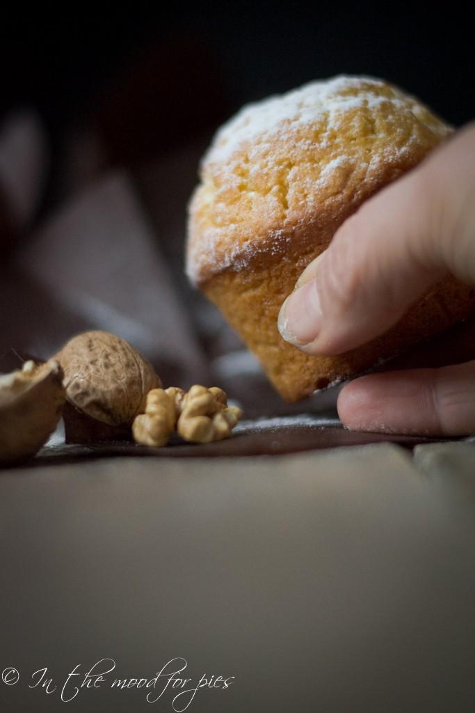 muffin noci mano cakes-1