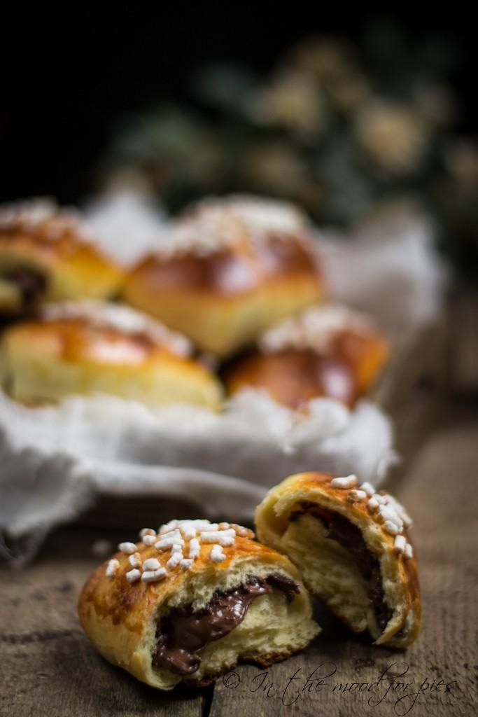 pain au chocolat aperto-1