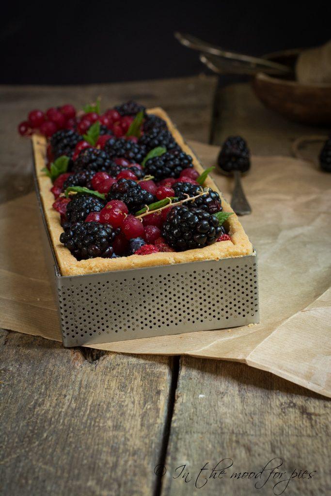 Crostata frutta con microforata-1