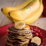 Pancakes alla banana con soli 2 ingredienti.