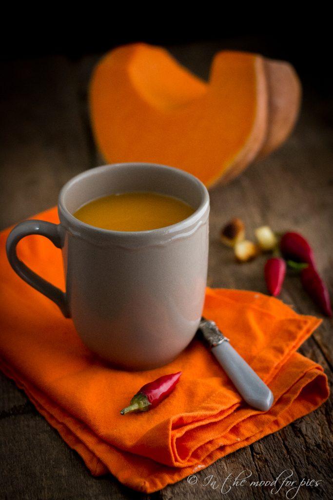 Zuppa zucca tazza semplice