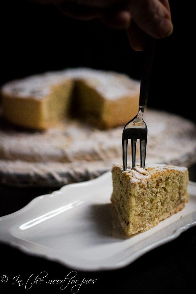crostata frangipane forchetta